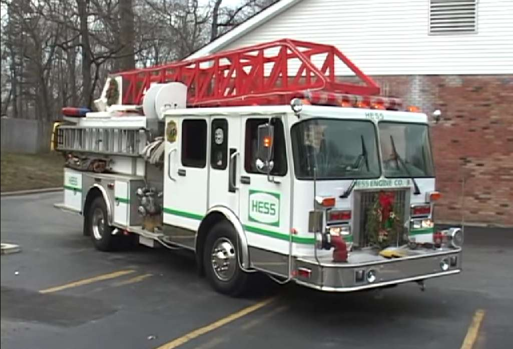 A Life-Size Hess Toy Truck! - Winter Acre